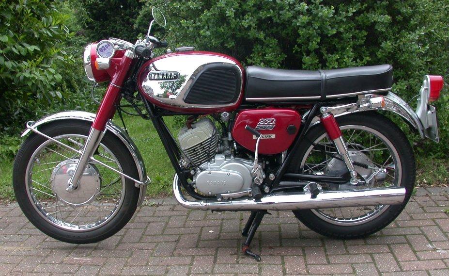 Yamaha YDS-5E